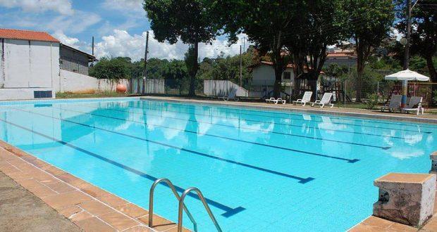 Piracaia amplia horário de uso livre da piscina