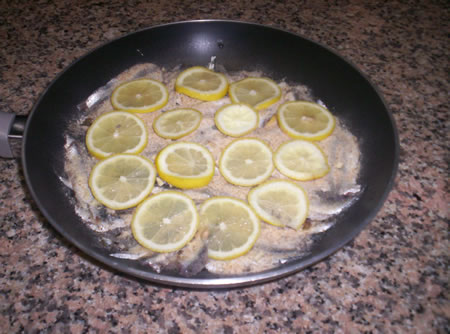 Le alici al limone pronte per la cottura