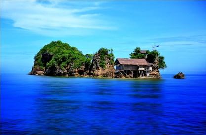 Anhawan or Anjauan Islet