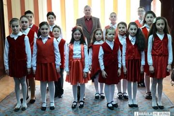 Grupul de copii Orfeu de la Palatul copiilor