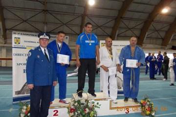 Poliţiştii brăileni au urcat pe podium la Campionatul de Unifight 2014