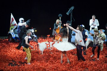 La Teatrul Maria Filotti, revine în forță comedia