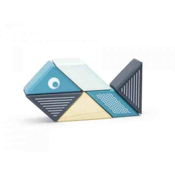 tegu-travel-pals-whale (5)