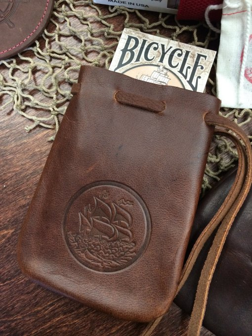Single Deck Leather Pouch