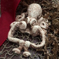 *NEW* Octopus - Deck or Coaster Display (also holds coin)
