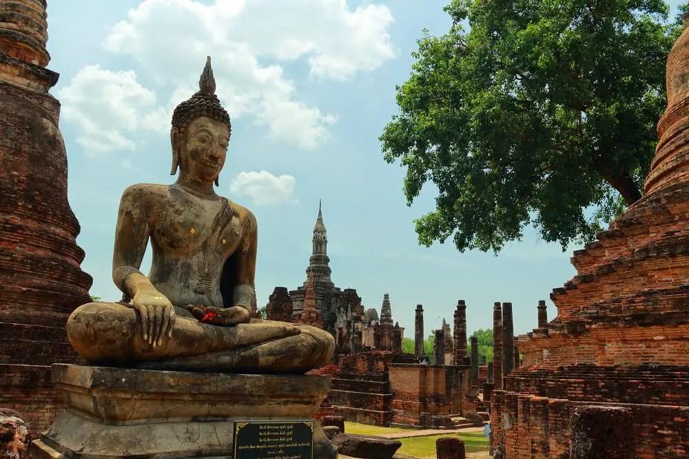 Sukhothai old temple ruins