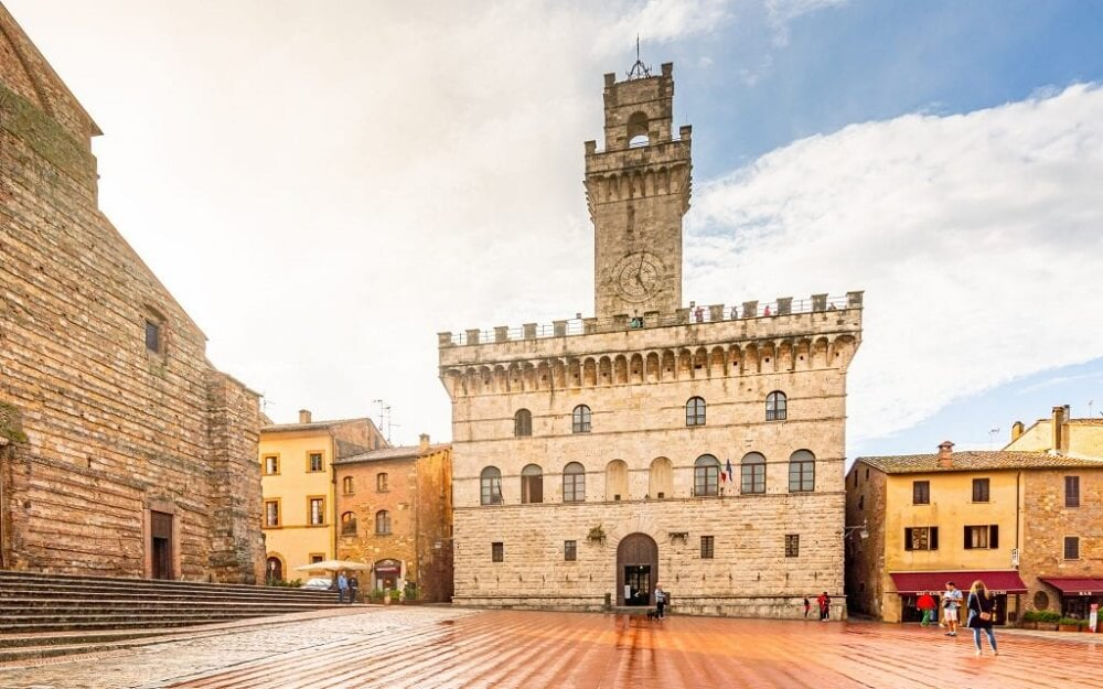 Montepulciano is one of the best towns in Tuscany