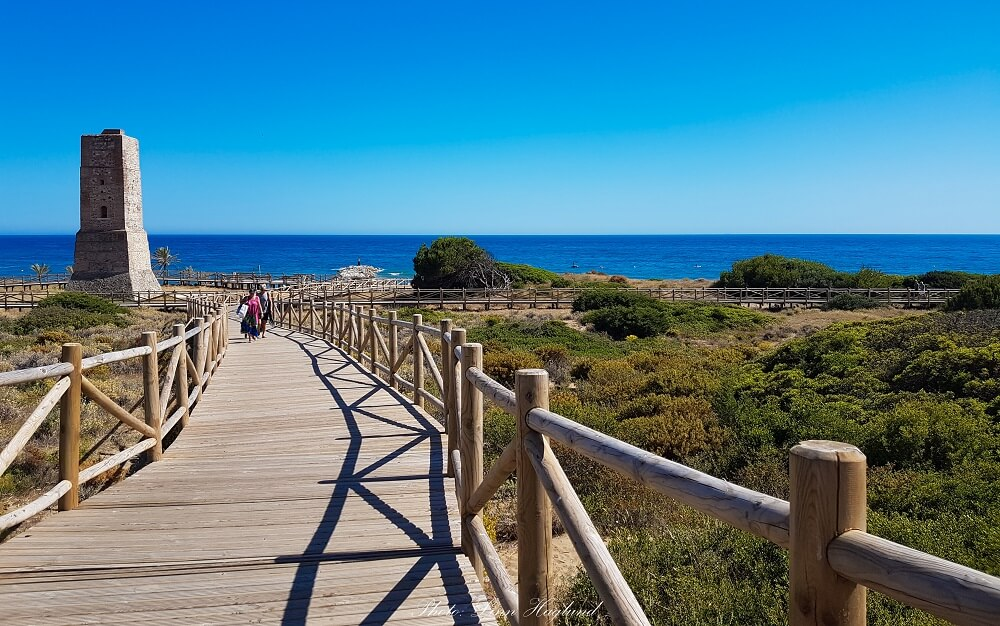 Things to near Mijas: take a stroll to Cabopino