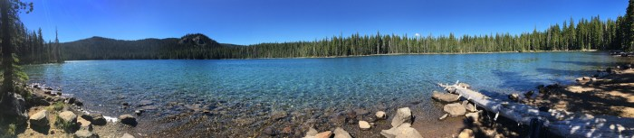 Panoramic of Doris Lake on Six Lakes Trail in the Deschutes National Forest