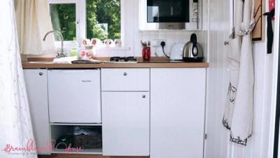Bramblewick House chicken Hut (1)