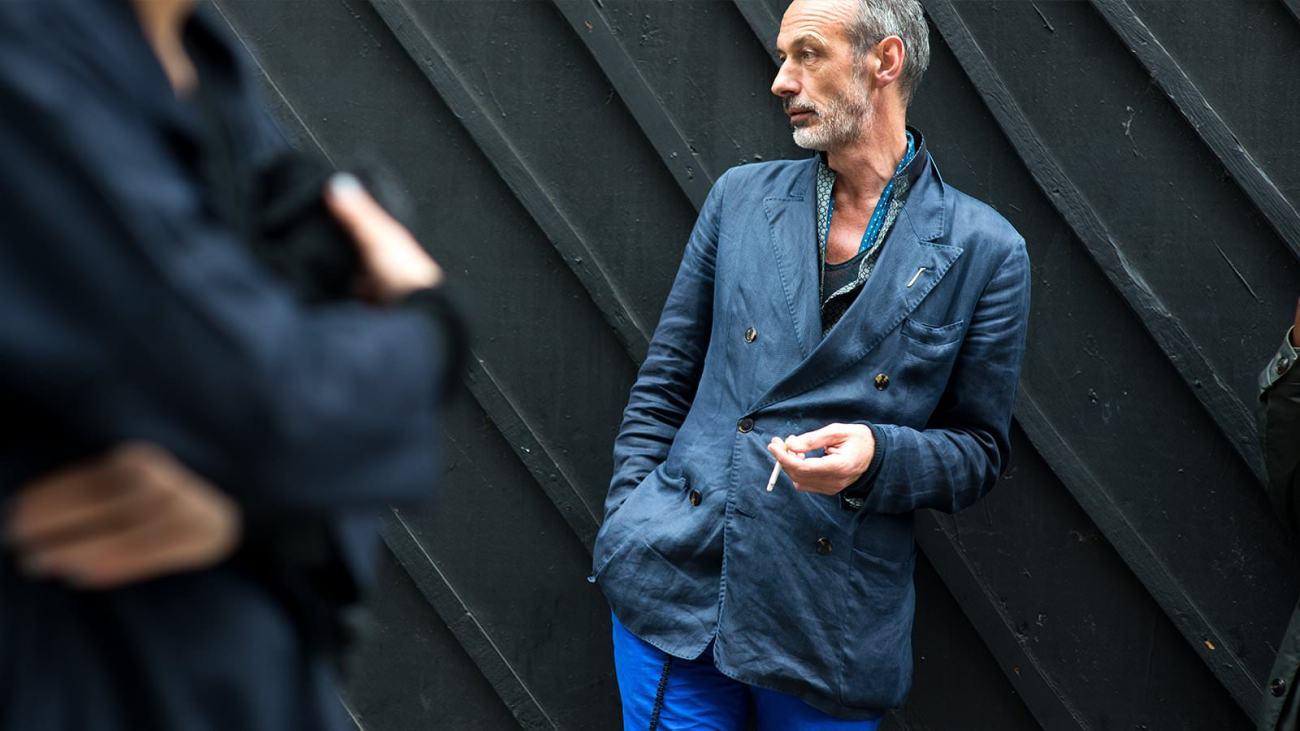 Двубортный пиджак для мужского стиля smart casual