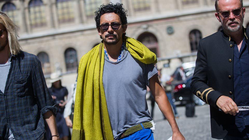 Как носить летний шарф?