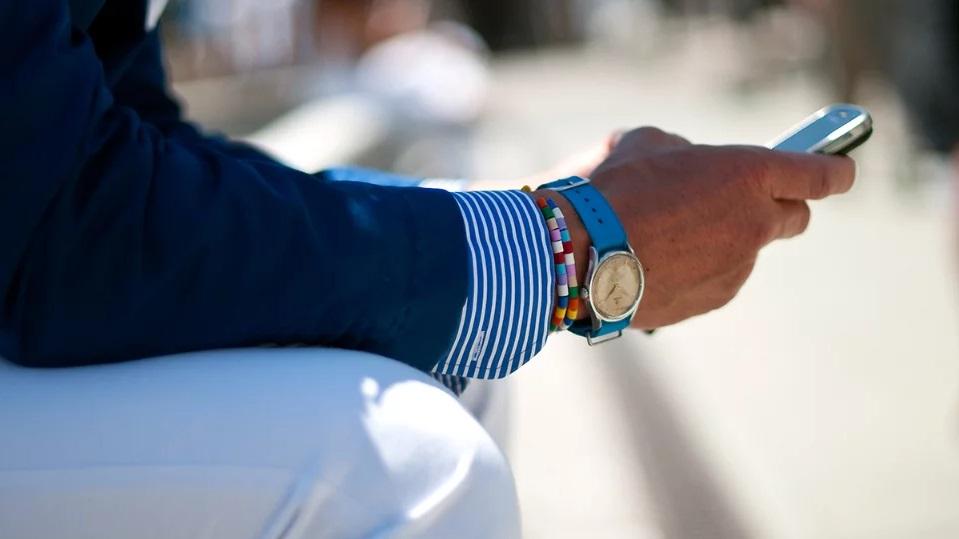 синий цвет в мужской одежде