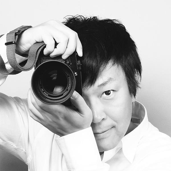 DESIGNER & PHOTOGRAPHER