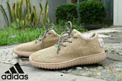 BA0269 Cream Adidas Yeezy Women Import - Rp. 240000