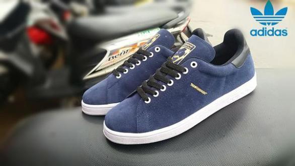 BA0384 Navy Adidas The Hundreds Suede - Rp. 200000