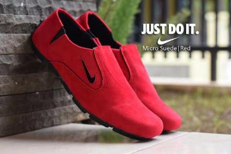 BN0291 Red Nike Micro Suede - Rp. 180000