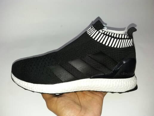 RA0036 Black UltraBoost Premium VietnamRp. 550000