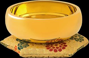 黃金茶具、銀餐具、鑲金皮帶
