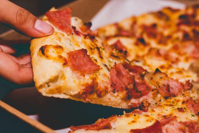 Domino's, Dominos, Domino's Pizza, hiring, 8000 new roles