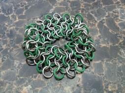 chainmail_bracelet_wide_stretch_green_steel