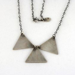 necklace_geo_3triangles