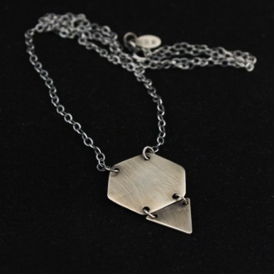 necklace_geometry_hex_triangle