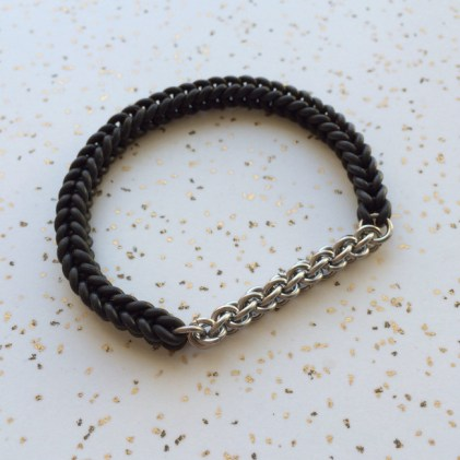 woven_stretch_bracelet_rubber_with_stainless_steel_jens_pind_chainmaille
