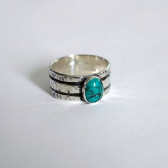 Three_stripe_wide_band_sterling_silver_turquioise_rustic_ring