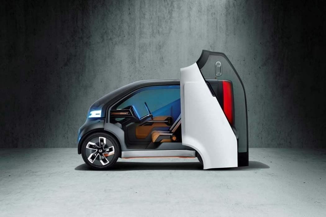 Honda NeuV Concept  Honda odważnie wkracza w przemysł 4.0 104662 Honda NeuV Concept 1050x700