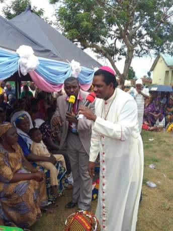 Bishop Sam Zuga Receives Award Of Excellence As He Takes Free Medical Treatment To Kogi State BRANDSPUR6
