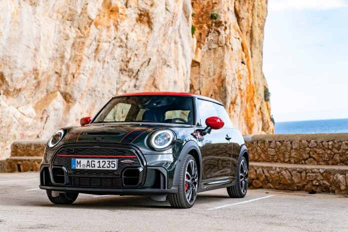 Refreshed: The MINI John Cooper Works and the MINI John Cooper Works Convertible (Photos)