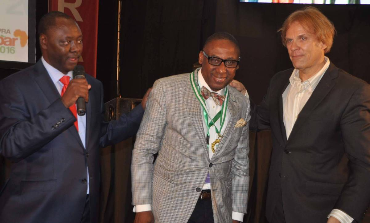 Peter Mutie, outgoing President of the African Public Relations Association (APRA) (left) presents the newly elected President,Yomi Badejo-Okusanya to delegates at the just concluded APRA Calabar 2016 Conference. With them is Bart de Vries, President of the International Public Relations Association (IPRA)