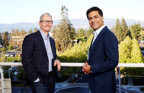 apple-ceo-tim-cook-and-deloitte-global-ceo-punit-renjen