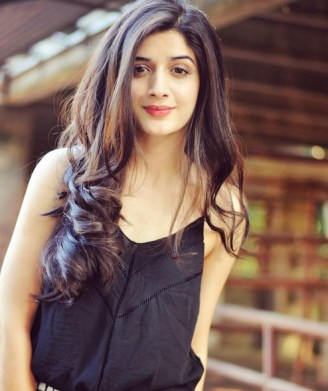 When-I-cry-on-screen-people-cry-with-me-–-Mawra-Hocane-4.jpg