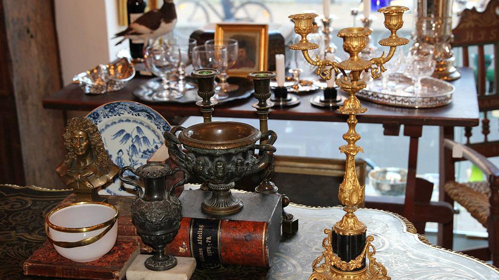 Berbagai Barang Antik yang Ada di Indonesia