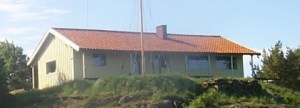 Huvudbyggnad sjöscouter/båtklubb i Ersdal på Brännö