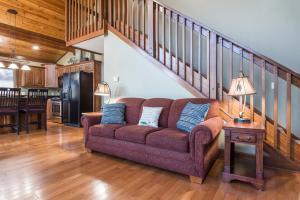 Branson-Vacation-Houses-Cedar-Cove-04-1075