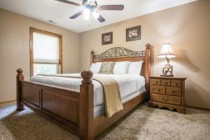 Branson-Vacation-Houses-Ozark-Charm-18-1033