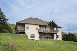 Majestic View vacation rental Branson and Kimberling City, Missouri - exterior