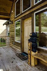 03 black-bear-lodge-front-door-2