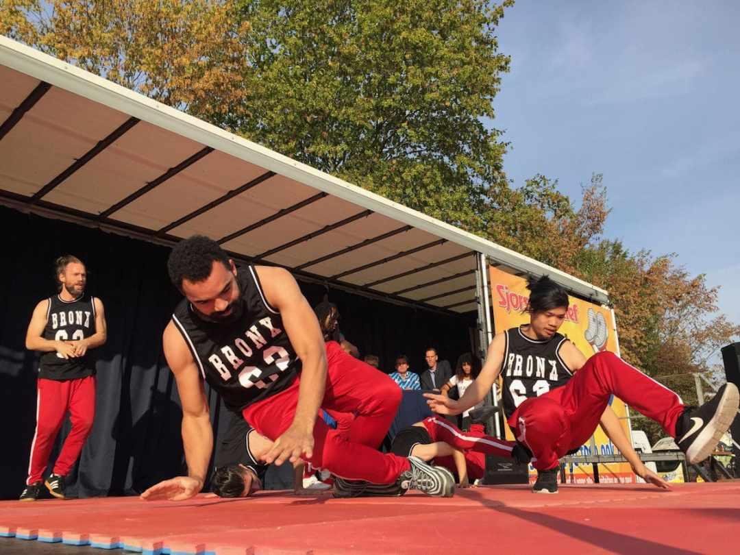 (c) Martijn Adelmund_Opening door de Bransz Breakdance crew