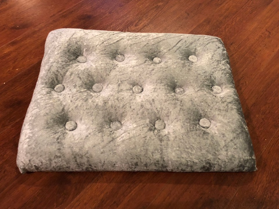 IMG 2974 1024x768 - DIY Tufted Stool Makeover
