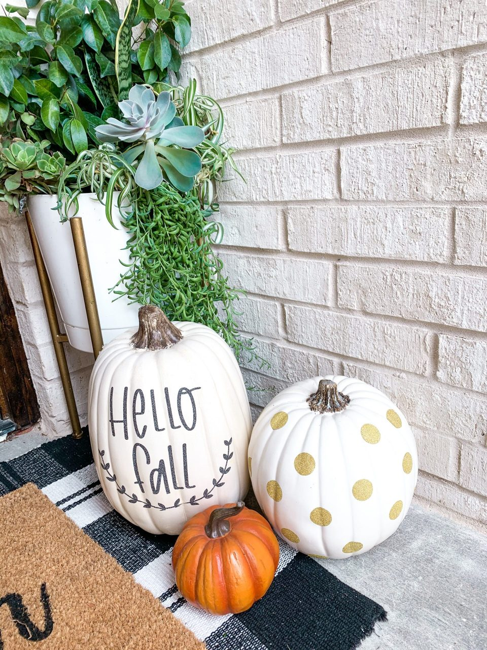 IMG 3965 scaled - 5 Easy Fall Crafts to make with Cricut