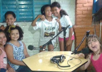 vila_esperanca_radio_01