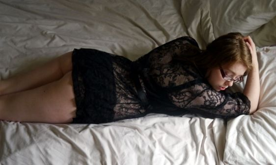 Ewa Michalak S Gazeta 60L and Lovehoney Flaunt Me Robe