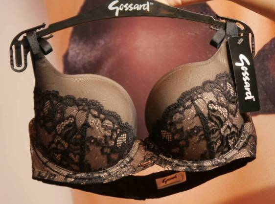Gossard SuperSmooth Glamour Lace Sweetheart Plunge Black