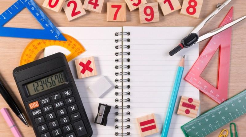 objetos_para_calcular_operações_de_matematica_em_ingles_curso_de_ingles_cambly