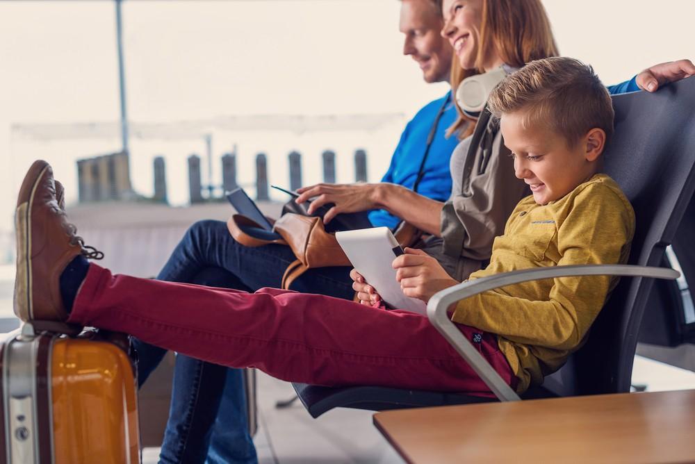 Expresiones comunes para el inglés en el aeropuerto cambly family together