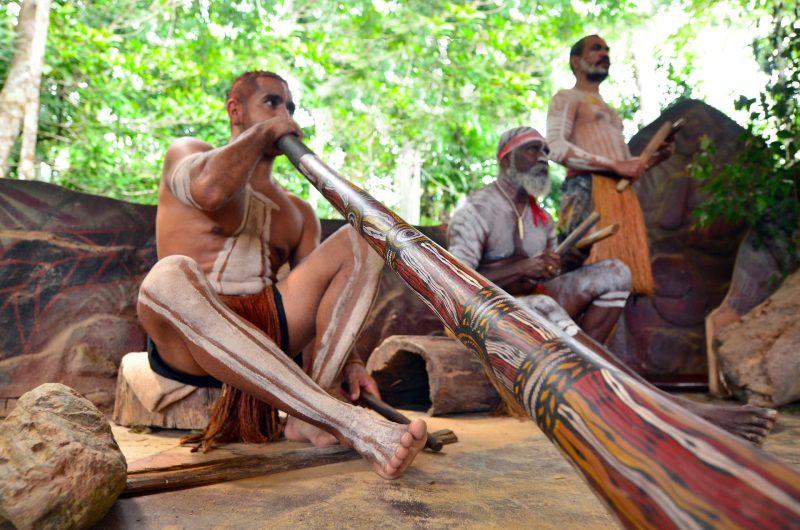 os aborígenes deram origem à cultura australiana